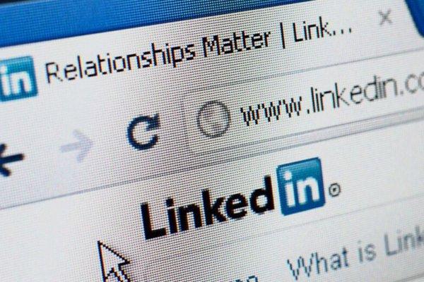 history LinkedInを活用した海外販路の開拓
